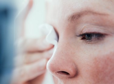 Your Skin - Cleaning Makeup